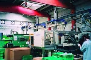 En industria farmacéutica y de fabricación de muebles se anuncian aplicaciones de células robotizadas
